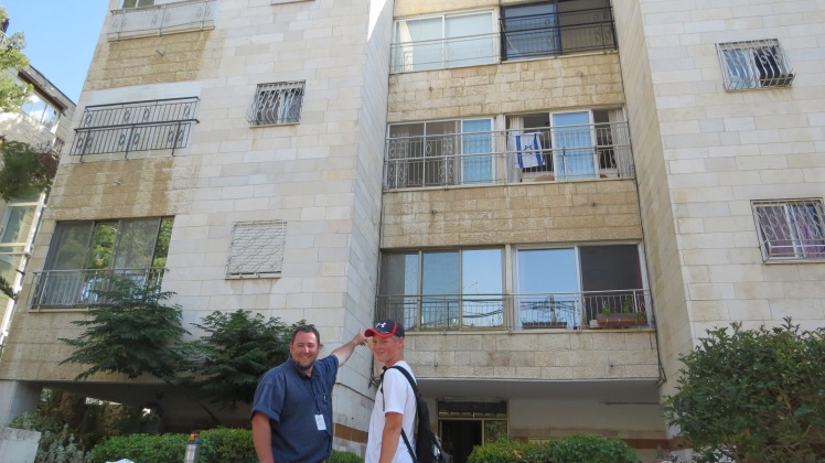 Memories for these two! Of having lived in Jerusalem for 6 months at this apartment. Then an hour long hike through the city to our hotel.